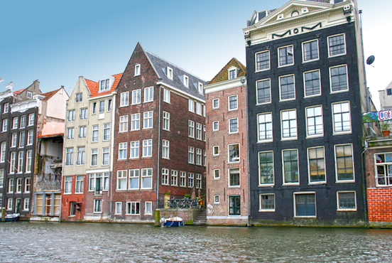 renthouse-expat-buying-property-amsterdam-centrum